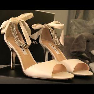 Nina Ivory Satin ankle tie heels. Size 7